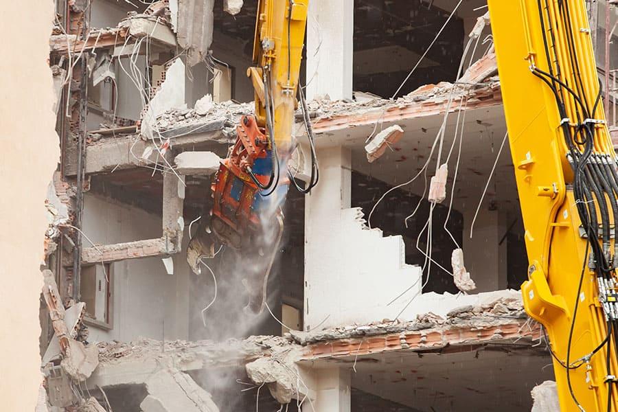 Betontörő gép bontási munkálatokhoz