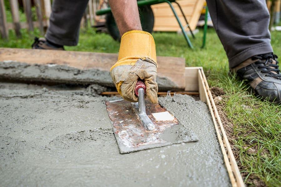 Betondaráló bérlés, betondarálás helyszínen, betontörő, betontörés, betontörő gép bérlés, mobil törőgép